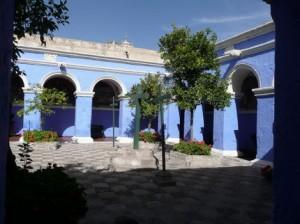 604-Le-couvent-de-Santa-Catalina-300x224 dans 11 - Bolivie-Chili-Pérou