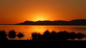 651-Lever-de-soleil-sur-le-Lac-Titicaca-Puno-300x168