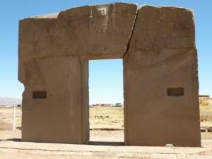 663-La-Porte-du-Soleil-Tiwanaku-300x225